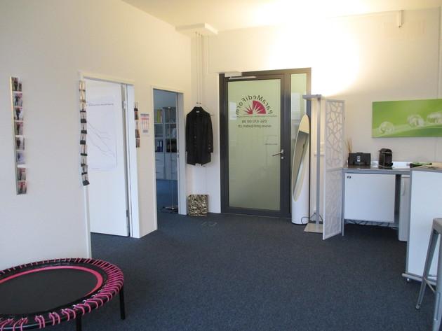 Eingangsbereich/ Wartezimmer